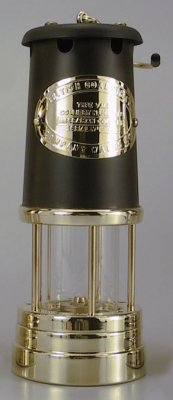 Welsh Miner´s Lamp Brass with wick Black